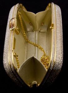 JUDITH-LEIBER-Gold-rhinestone-crystal-clasp-hard-clutch-with-chain-and-mirror_209063J.jpg