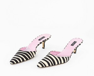 KATE SPADE Black and Cream Animal Print Pointed Toe Pumps