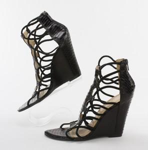 KENNETH-KOLE-Black-Snakeskin-Strappy-Wedge-Sandals-w-Zipper-on-Heel-Size-7.5_262579B.jpg