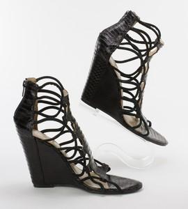 KENNETH-KOLE-Black-Snakeskin-Strappy-Wedge-Sandals-w-Zipper-on-Heel-Size-7.5_262579C.jpg