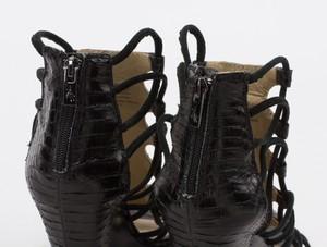 KENNETH-KOLE-Black-Snakeskin-Strappy-Wedge-Sandals-w-Zipper-on-Heel-Size-7.5_262579G.jpg