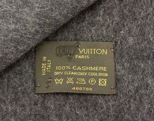 LOUIS-VUITTON-Charcoal-Cashmere-Fringe-Trim-Scarf-with-Box_252307D.jpg