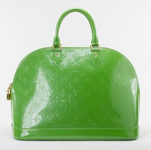 LOUIS-VUITTON-Green-Patent-Leather-Large-Vernis-Alma-w-LV-Monogram-Embossed_263565C.jpg