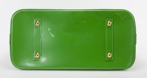 LOUIS-VUITTON-Green-Patent-Leather-Large-Vernis-Alma-w-LV-Monogram-Embossed_263565D.jpg