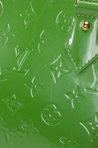 LOUIS-VUITTON-Green-Patent-Leather-Large-Vernis-Alma-w-LV-Monogram-Embossed_263565E.jpg