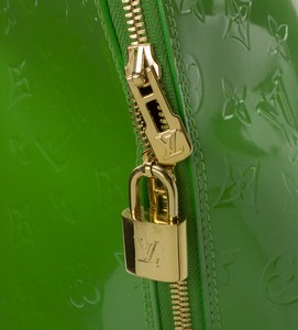LOUIS-VUITTON-Green-Patent-Leather-Large-Vernis-Alma-w-LV-Monogram-Embossed_263565I.jpg