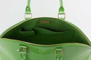 LOUIS-VUITTON-Green-Patent-Leather-Large-Vernis-Alma-w-LV-Monogram-Embossed_263565J.jpg