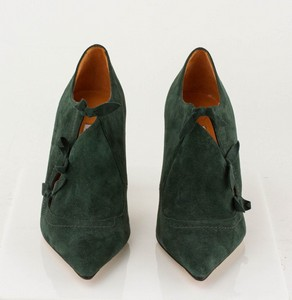 MANOLO-BLAHNIK-Green-Suede-Short-Pointed-Toe-Booties-with-Bow-Accents_279971B.jpg
