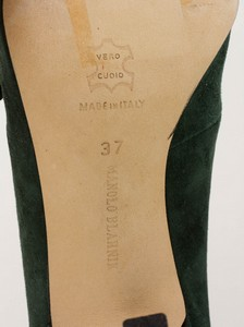 MANOLO-BLAHNIK-Green-Suede-Short-Pointed-Toe-Booties-with-Bow-Accents_279971J.jpg