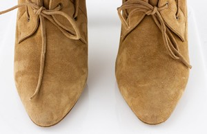 MANOLO-BLAHNIK-Tan-Shearling-Heeled-Boots_294901E.jpg