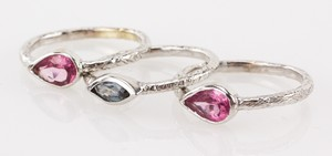 MAURI-PIOPPO-18k-white-gold-three-ring-set-with-blue-and-purple-stones-size-6.25_138361B.jpg