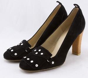 MICHAEL KORS Black suede silver studded kiltie tongue gum sole pumps size 9