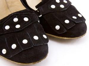 MICHAEL-KORS-Black-suede-silver-studded-kiltie-tongue-gum-sole-pumps-size-9_259773D.jpg