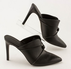 NINE-WEST-Black-Leather-Pointed-Toe-Slip-on-Pumps_280487C.jpg