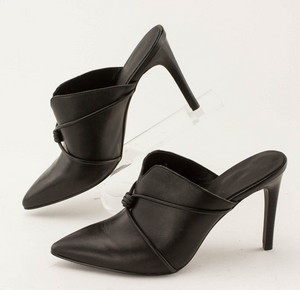 NINE-WEST-Black-Leather-Pointed-Toe-Slip-on-Pumps_280487D.jpg