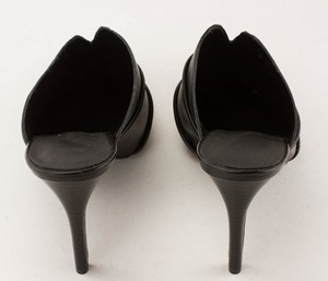 NINE-WEST-Black-Leather-Pointed-Toe-Slip-on-Pumps_280487E.jpg