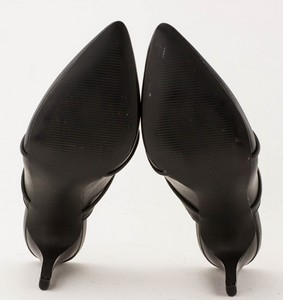 NINE-WEST-Black-Leather-Pointed-Toe-Slip-on-Pumps_280487H.jpg