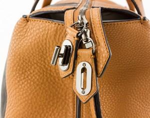 REED-KRAKOFF-Tan-and-black-leather-double-handle-shoulder-bag-pewter-hardware_257390G.jpg