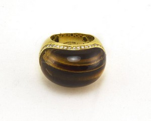 ROBERTO COIN Tiger eye dome ring with diamond trim 18K