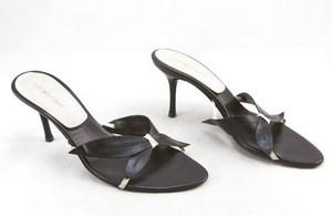 SERGIO ROSSI Black leather open toe kitten heel slides size 9.5