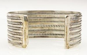 STERLING-Silver-Narrow-Twisted-Cuff_268347D.jpg