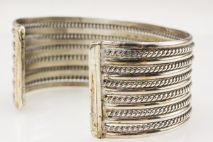 STERLING-Silver-Narrow-Twisted-Cuff_268347E.jpg