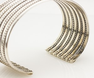 STERLING-Silver-Narrow-Twisted-Cuff_268347G.jpg