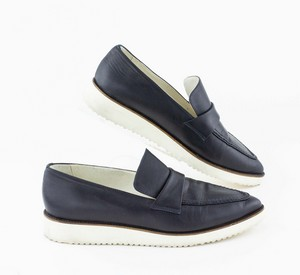 STRENESSE-Navy-Leather-Loafers-with-White-Platform-Heel_287628C.jpg