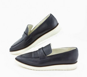 STRENESSE-Navy-Leather-Loafers-with-White-Platform-Heel_287628D.jpg