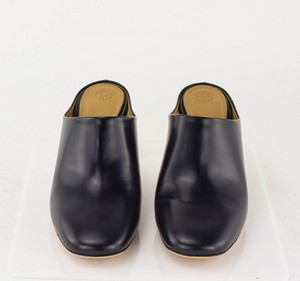 THE-ROW-Navy-Leather-Clogs-with-Lucite-Heel-Mules_285698B.jpg