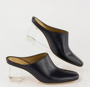 THE-ROW-Navy-Leather-Clogs-with-Lucite-Heel-Mules_285698C.jpg