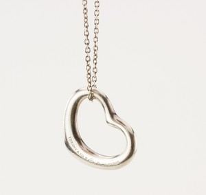 TIFFANY--CO-Sterling-Silver-Elsa-Peretti-Heart-Pendant_217756B.jpg
