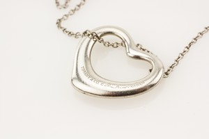 TIFFANY--CO-Sterling-Silver-Elsa-Peretti-Heart-Pendant_217756E.jpg