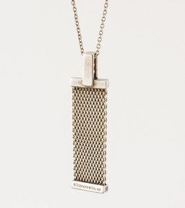 TIFFANY--CO-Sterling-Silver-Mesh-and-Diamond-Pendant-Necklace_237394B.jpg