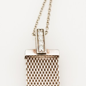 TIFFANY--CO-Sterling-Silver-Mesh-and-Diamond-Pendant-Necklace_237394D.jpg
