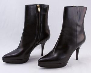 YVES SAINT LAURENT black leather platform side zip ankle boots size 7.5 (37.5