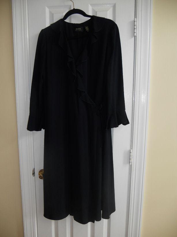 Dana-Buchman-silk-dress-size-14---classic-navy_2941A.jpg