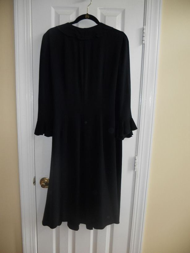 Dana-Buchman-silk-dress-size-14---classic-navy_2941B.jpg