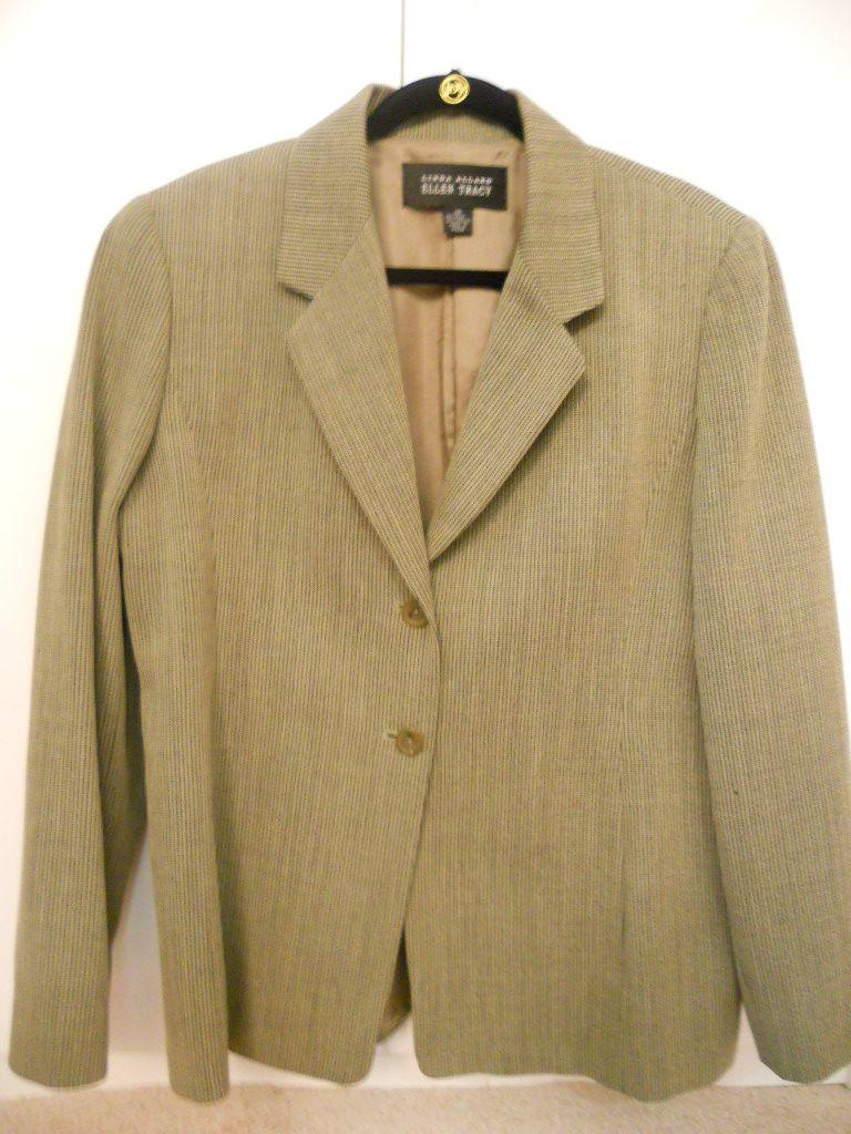 Ellen-Tracy-Size-16-3-PC-Neutral-Tones-Suit-GREAT-FOR-INTERVIEWS_2974A.jpg