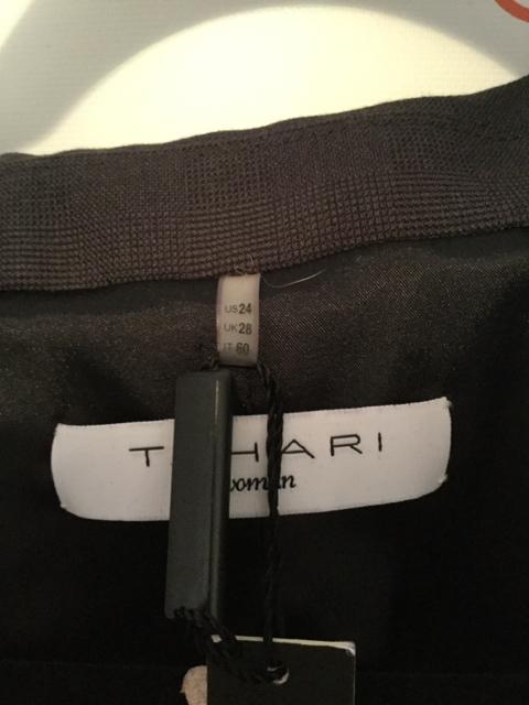 NWT-Tahari-Size-24W-Dark-Gray-Blazer_2872D.jpg