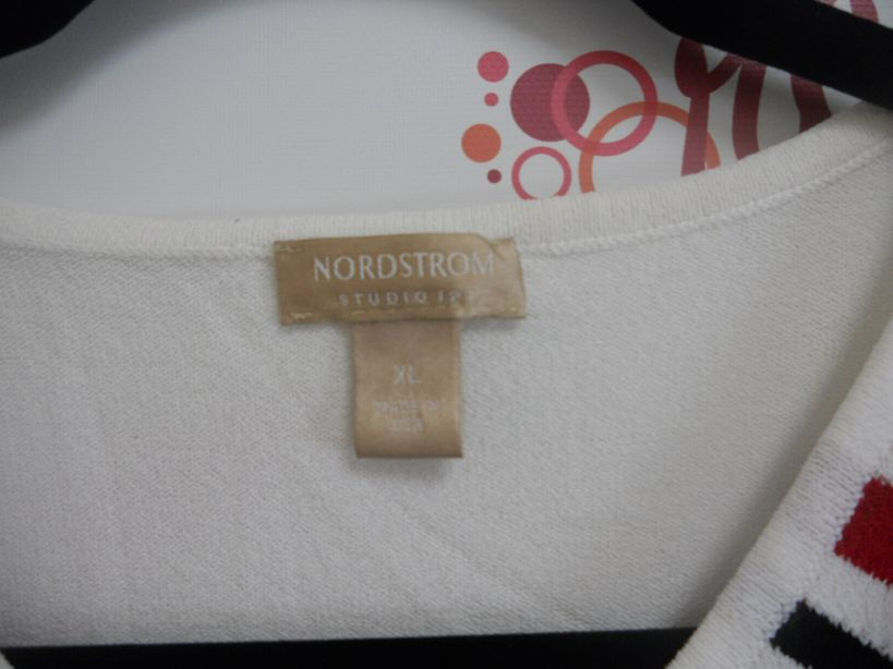 Nordstrom-Size-XL-White-Lightweight-Sweater-Top-w-Stripes_2962C.jpg