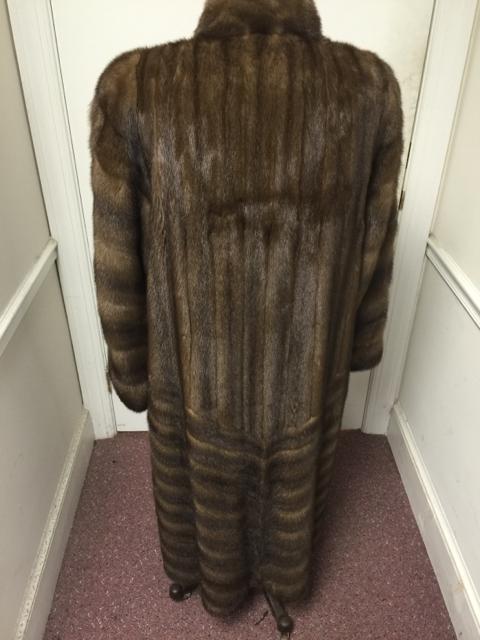 Saga-Furs-Size-XL-Mink---Full-Length-Fur-Coat---3-WEEKS-ONLY_3203B.jpg