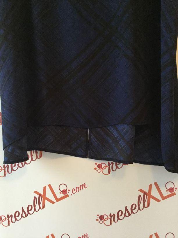 Sejour-Size-24W-Blue--Black-Striped-Dolman-Sleeve-Tunic_2863E.jpg