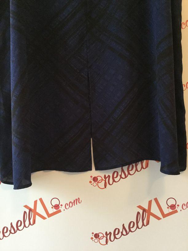 Sejour-Size-24W-Blue--Black-Striped-Dolman-Sleeve-Tunic_2863F.jpg