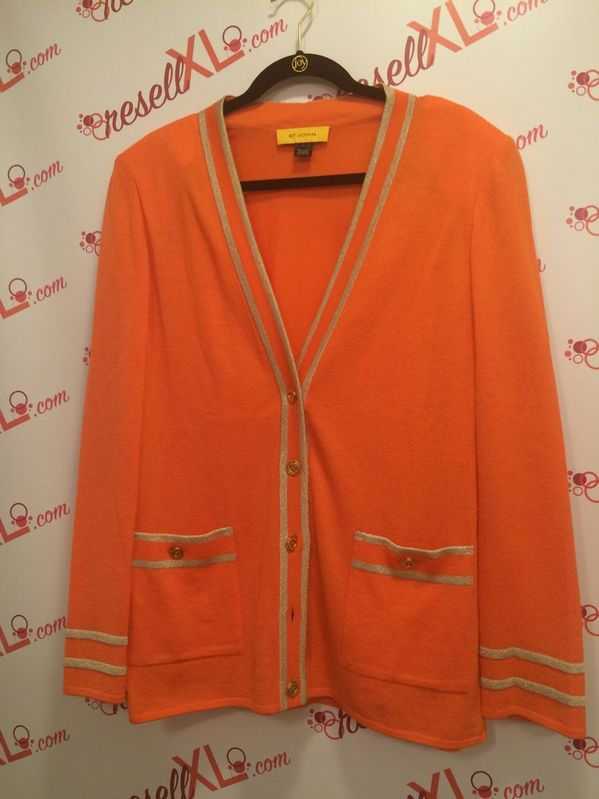 St.-John-Lightweight-Santana-Knit-Size-L-2-PC-Sweater-Set_3061D.jpg