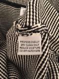 St.-John-Size-14-Black-and-White-Santana-Knit-Knee-Length-Pencil-Skirt_3113C.jpg