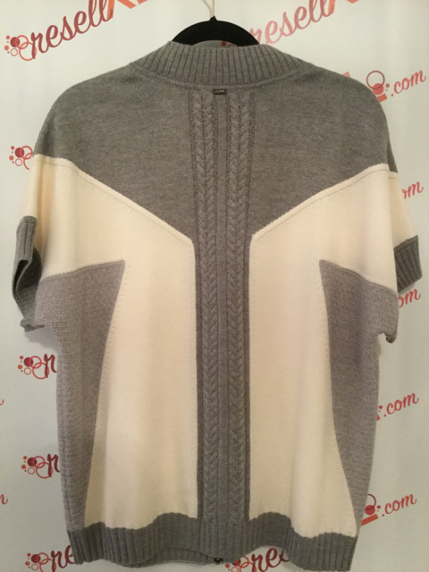 St.-John-Size-XL-100-Wool-Gray-Short-Sleeve-Sweater_2179D.jpg