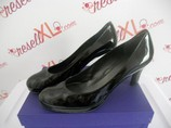 Stuart-Weitzman--Size-11-Black-Patent-Leather-Pumps_2956A.jpg