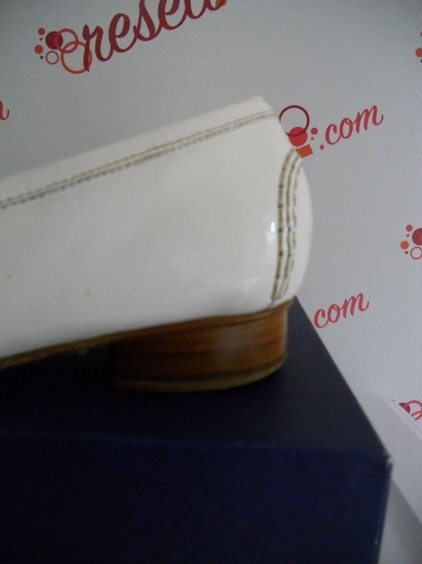 Stuart-Weitzman-Size-11-White-Patent-Loafer_2978D.jpg