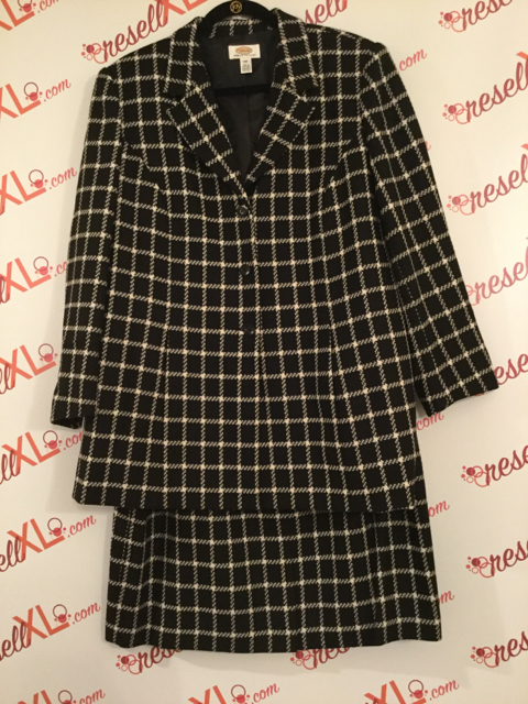 Talbots-Size-1618W-black-windowpane-check-2-PC-suit---REALLY-CUTE_3135A.jpg